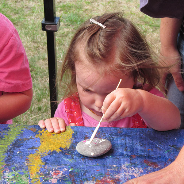 creative-rotorua-childrens-arthouse-painting The Children's Art House