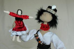 Lizpearce-dollmaker7-300x200 ARTS MAD - 13TH March 2018