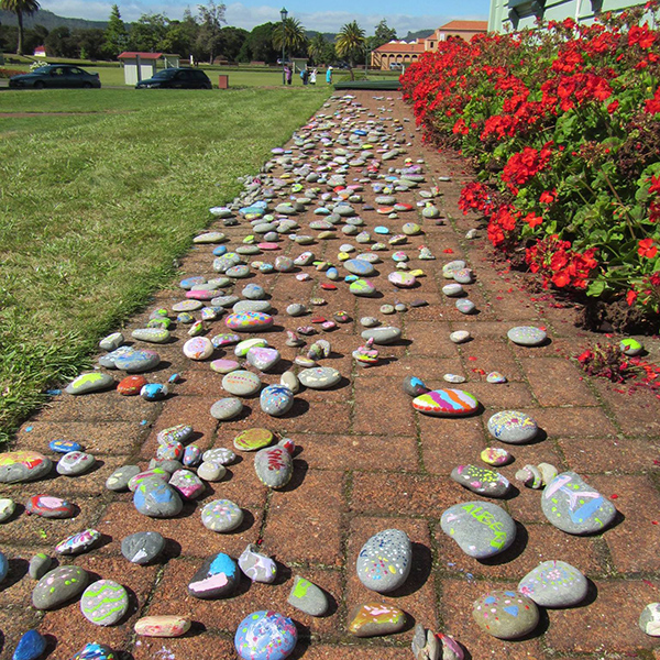 creative-rotorua-childrens-arthouse-stones The Children's Art House