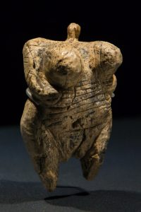 Little-Venus-earliest-known-figurine-carved-from-mammoth-tusk-200x300 Fire - and the dawn of creativity